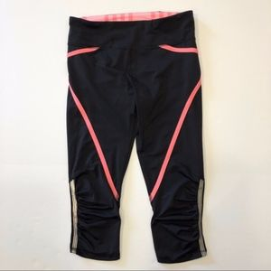 Lululemon | Black & Coral Pace Cropped Leggings